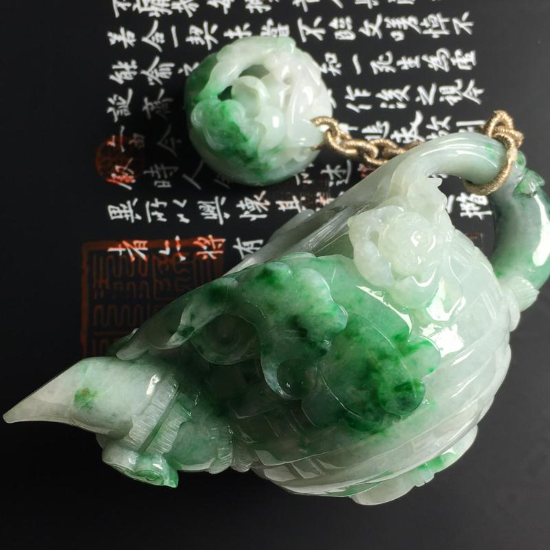 糯种带色茶壶摆件  尺寸102-64-43毫米 色彩亮丽 雕工精湛