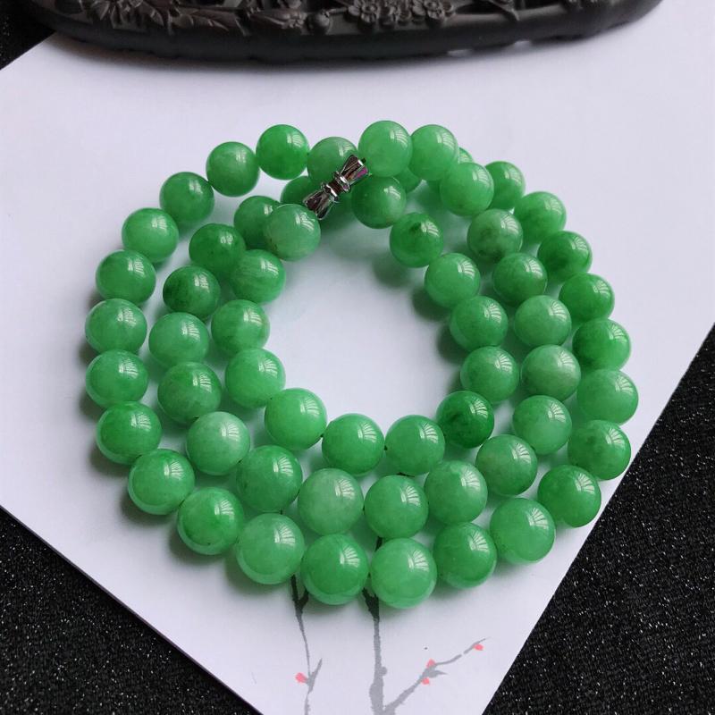 颜色好福气项链,翡翠A货,尺寸:9.7mm,扣头是装饰品