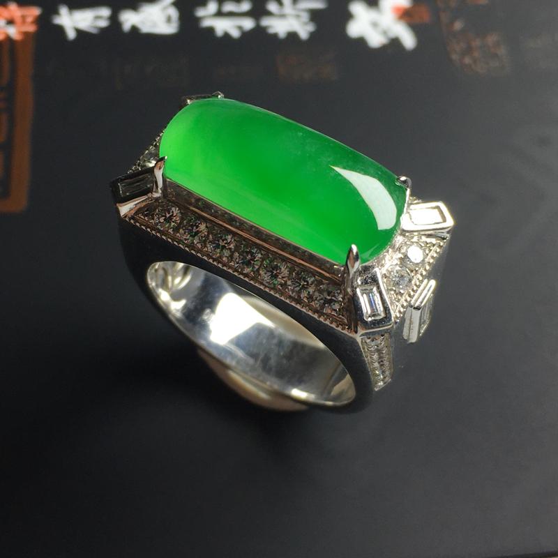 冰种翠绿马鞍戒指 18K金带钻镶嵌 内径20 裸石尺寸18-7-3毫米 水润通透 细腻起胶 翠色艳丽