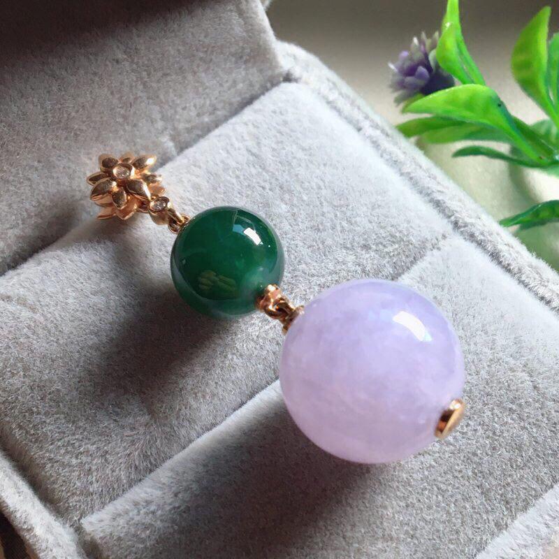 【红翡绿翠紫为贵,好漂亮的淡粉紫圆珠项坠,时来运转,财源滚滚,18K金伴钻镶嵌,尺寸41.9*14.2*9.6mm,耐看,送礼或自留佳选,值得拥有】图4