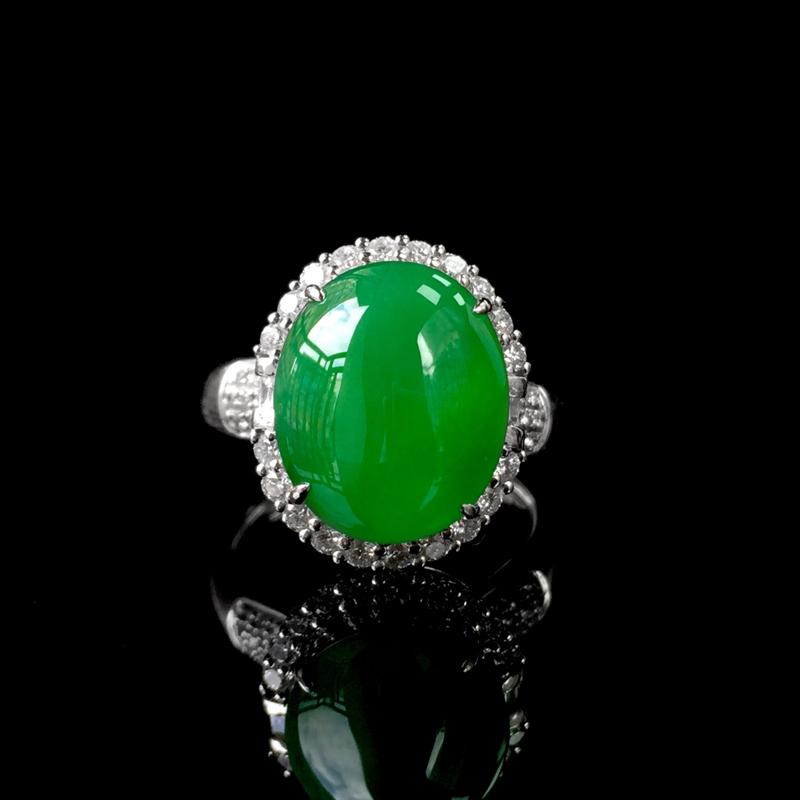 18K金镶翡翠戒指,水润通透,饱满明亮,整体尺寸:16.7*13.5*11.4mm,石尺寸:13.6