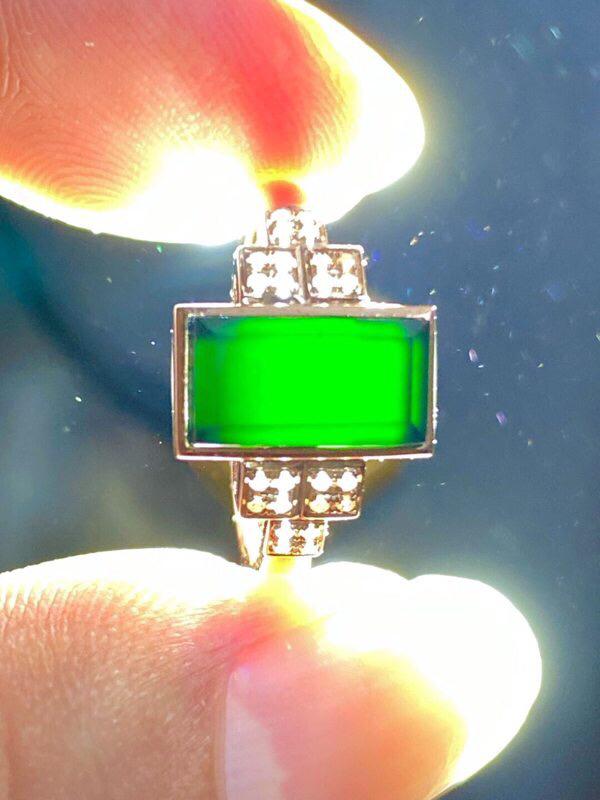 墨翠:【方形戒指】18K金镶嵌+南非钻镶嵌,细腻干净,黑度极黑,性价比高,做工精致,打灯透绿 整体尺