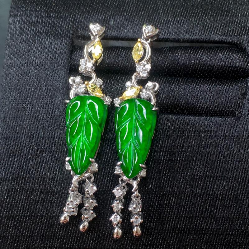 翡翠a货,满绿福叶耳钉,18k金镶嵌,吊坠宝石,颜色靓丽,佩戴精美