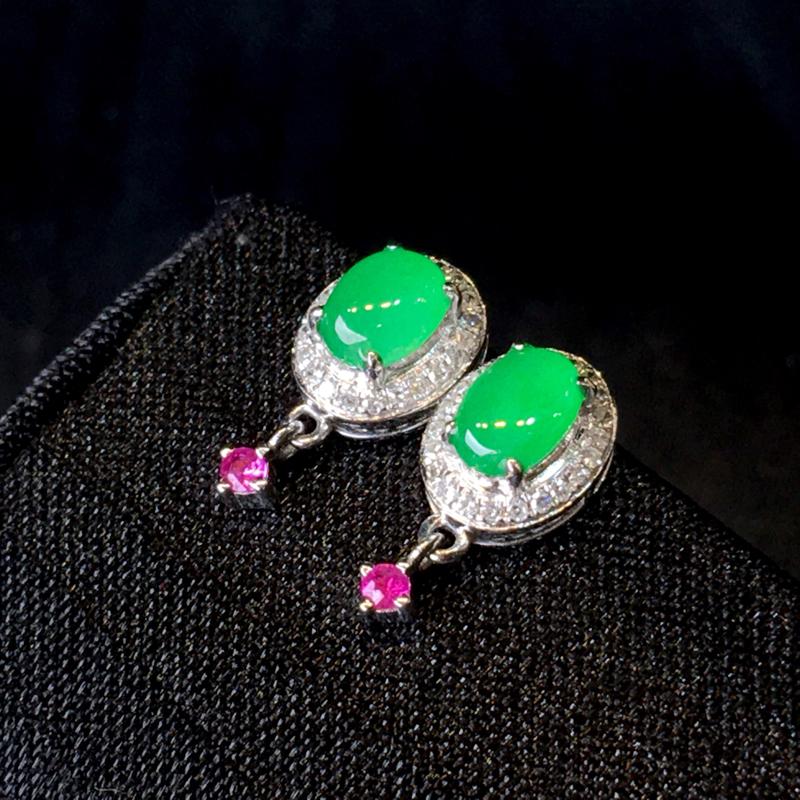 翡翠a货,满绿蛋面耳坠,18k金伴钻,彩宝点缀,佩戴精美,性价比高,整体尺寸13.5*6.6*4.8