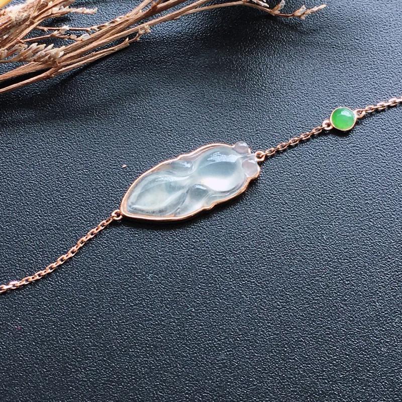 18k金镶嵌手链,种好通透,水润玉质细腻,工艺佳,饱满品相佳,可直接佩戴。包金尺寸:21.8*8.5