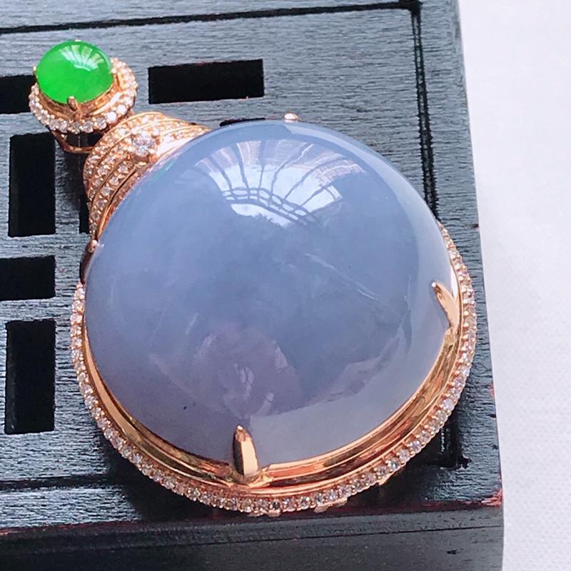 天然翡翠A货,18K金伴钻糯种满色帝王紫蛋面吊坠,玉质细腻,颜色漂亮,上身高贵上档次,尺寸连金43.