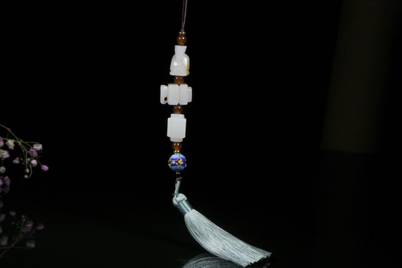 玉宗 苏工名家精品-新疆和田玉籽料玉宗,雕刻翁仲,司南佩,刚卯,用古代玉雕的表现元素融入现代人们的审