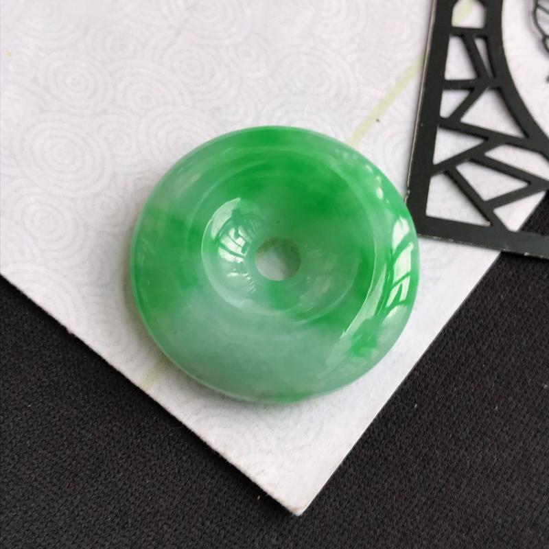 C1007翡翠A货飘绿平安扣吊坠,尺寸28*6.2mm