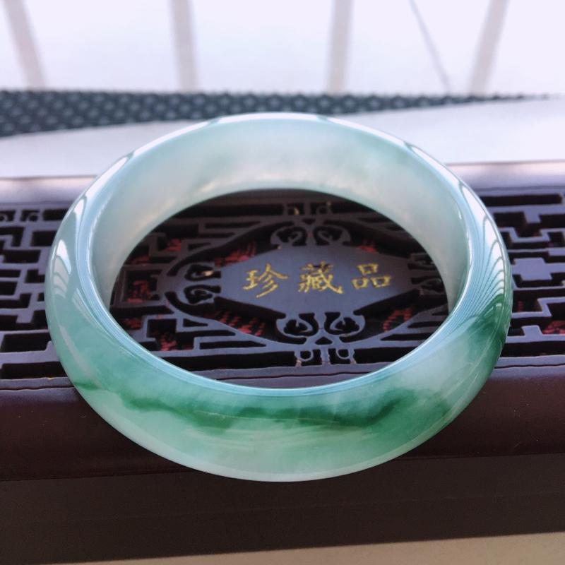 飘花手镯 圈口56.6 缅甸翡翠A货飘花手镯 版型宽厚 水润细腻 飘花灵动
