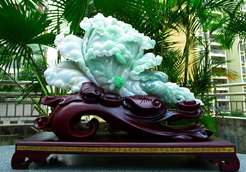 缅甸天然翡翠A货 老坑,精美白菜摆件寓意八方来财 财源广进 升官发财 寓意吉祥雕刻精美线条流畅 种水