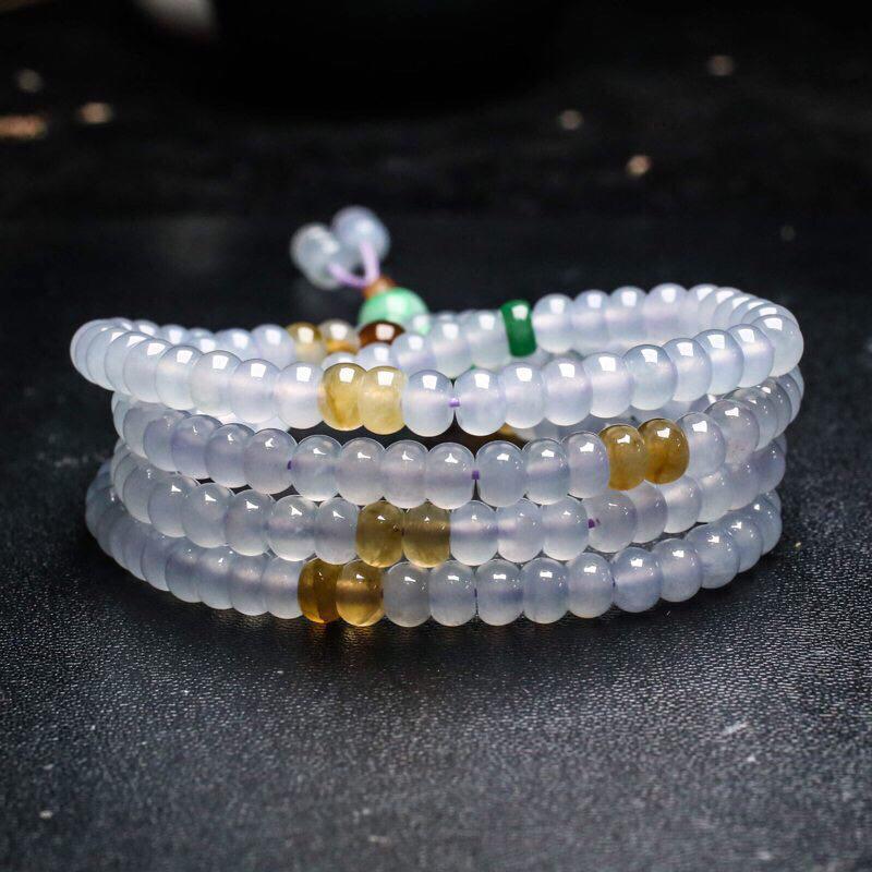 三彩翡翠珠链。共188颗珠子,取其中一颗珠尺寸大约5.9*4mm,珠子实物漂亮,清秀高雅,莹润光泽