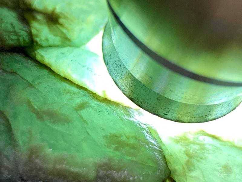 老莫西沙蓝冰脱砂料 整体形状立体厚装  压手感非常重 全身都有脱砂表现。油性好 雾层出色  脱砂