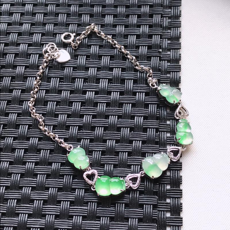 翡翠a货,18K金伴钻冰种水润飘绿葫芦手链,玉质细腻,色美种足,上身高贵漂亮,尺寸连金总长188.0