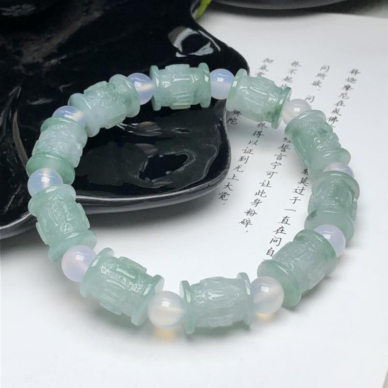 冰糯种飘花六字真言翡翠珠链手串、直径11.7*14.5毫米、质地细腻、飘花灵动、隔珠是装饰品、ADA