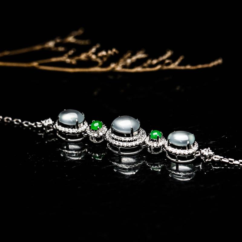 拍下有礼18K金镶嵌伴钻蛋面翡翠手链,凝透如冰,玉质水润,佩戴效果佳,手链总长约174.6mm