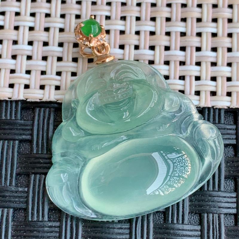 冰透佛公、裸石尺寸:20/23/5.6mm,A货翡翠18k金伴钻冰透带绿笑口常开吊坠、编号0118