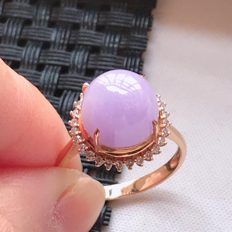 翡翠a货,18K金伴钻糯种满色紫罗兰蛋面戒指 玉质细腻,色美种足,上手高贵漂亮,尺寸内径17.1裸石