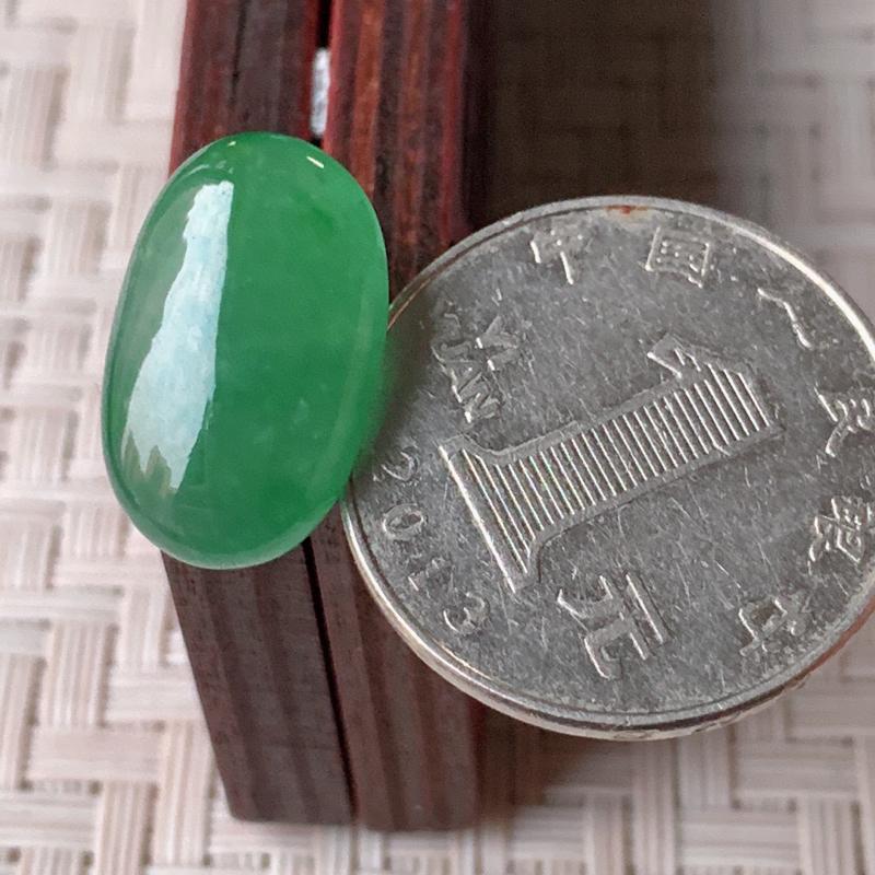 【冰润满绿翡翠戒面  质地细腻,清新自然的绿色,沁人心脾,镶嵌佩戴效果佳,无纹裂,性价比超值  W99   尺寸:18.8-12-5.5mm】图7