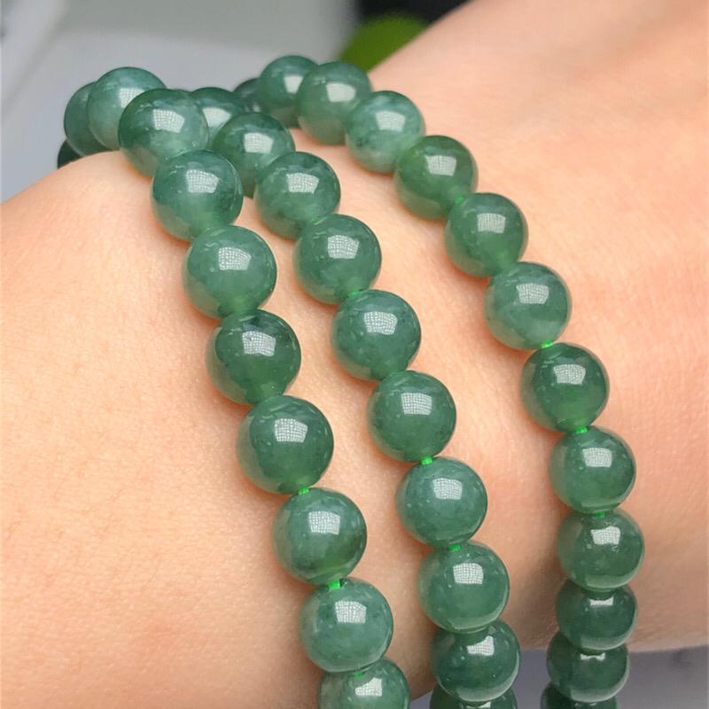 【细豆种深晴底翡翠珠链项链、108颗、直径6.7毫米、质地细腻、色彩鲜艳、隔珠是装饰品、ADA151C12】图5