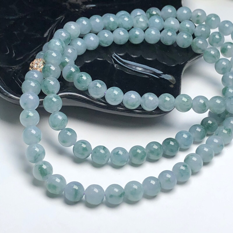 【细豆种飘花翡翠珠链项链、108颗、直径7.1毫米、质地细腻、飘花灵动、隔珠是装饰品、ADA219C35】图6