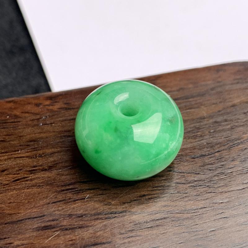 A货翡翠-种好满绿路路通吊坠,尺寸-18.1*11.9mm