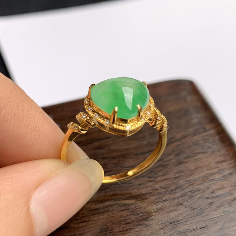 A货翡翠-种好满绿18k金伴钻心形戒指,尺寸-裸石8.1*9.7*2.8mm整体9.9*11.5*6