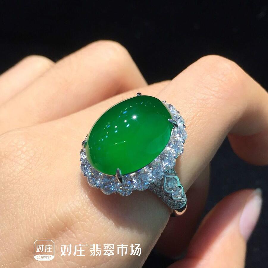 结婚买翡翠戒指怎么挑?