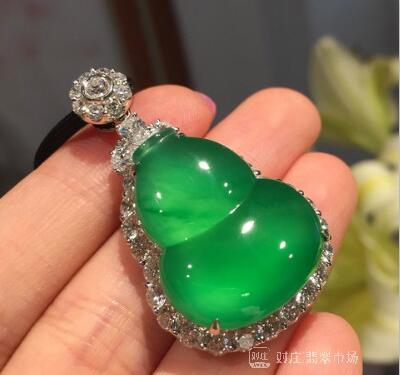 与翡翠相似的玉石品种有哪些?