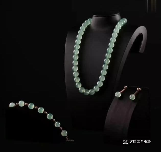 天价极品翡翠珠链